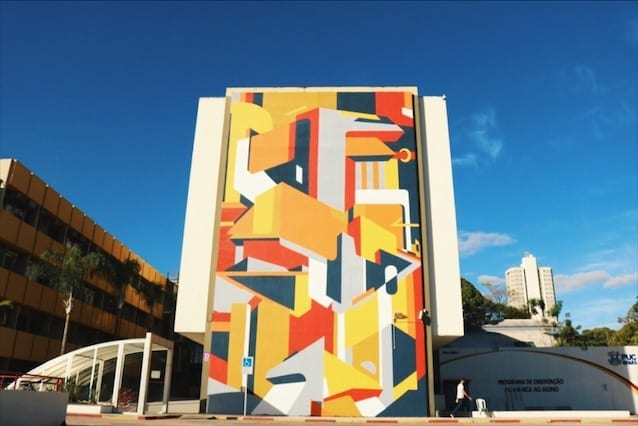 Mural do artista Santhiago Selon no Setor Leste Universitário