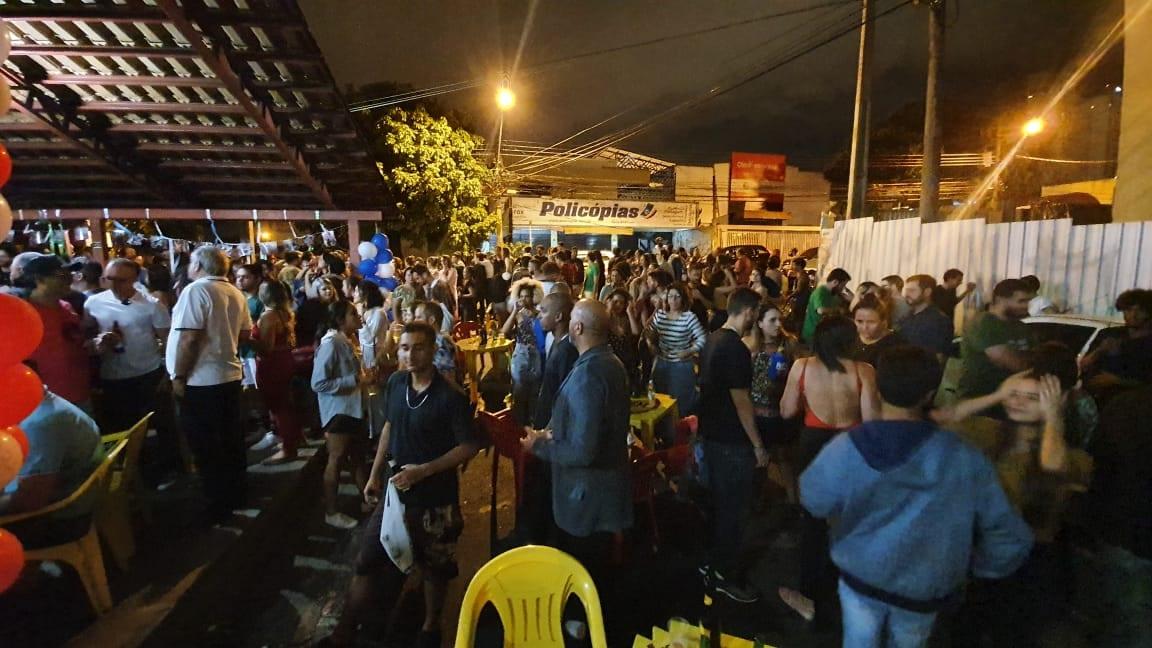 Samba do Mais Um está entre os 10 lugares para dates em Goiânia