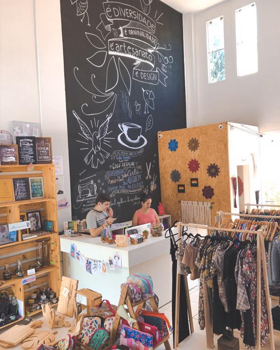Bem Lhe Quero, loja colaborativa de presentes e artesanato no Jardim América em Goiânia