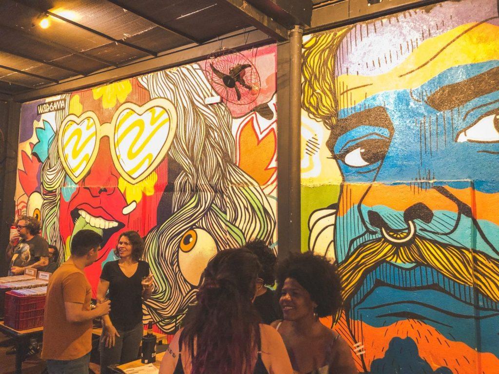 Agenda de Goiânia tem karaokê, e shows de rock e forró