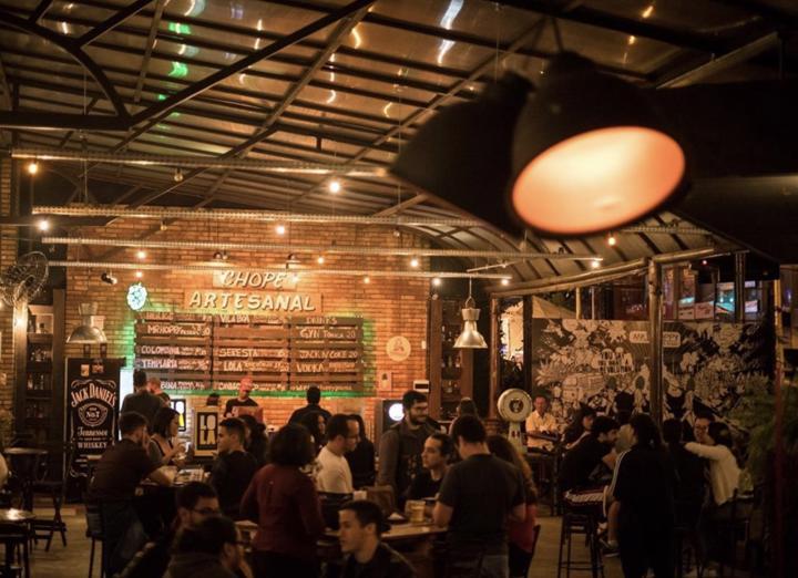Happy hour em Goiânia: os melhores locais para aproveitar e economizar