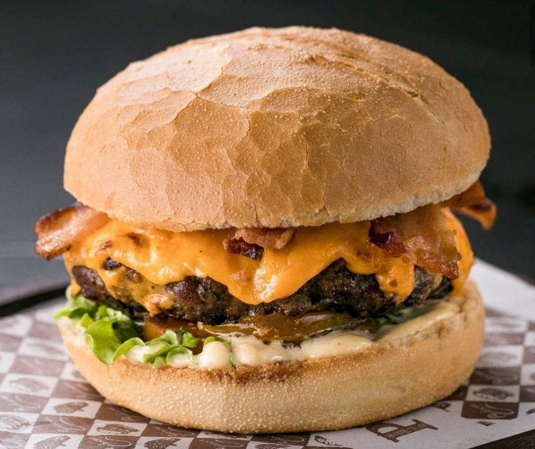 Bahrem Burger tem duas unidades em Goiânia