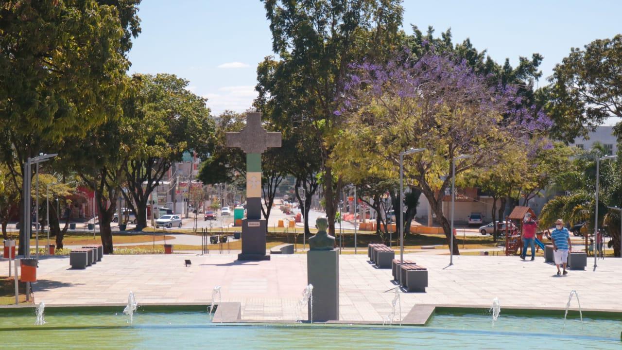 Praça do Cruzeiro é revitalizada, e Goiânia ganha mais um cartão-postal