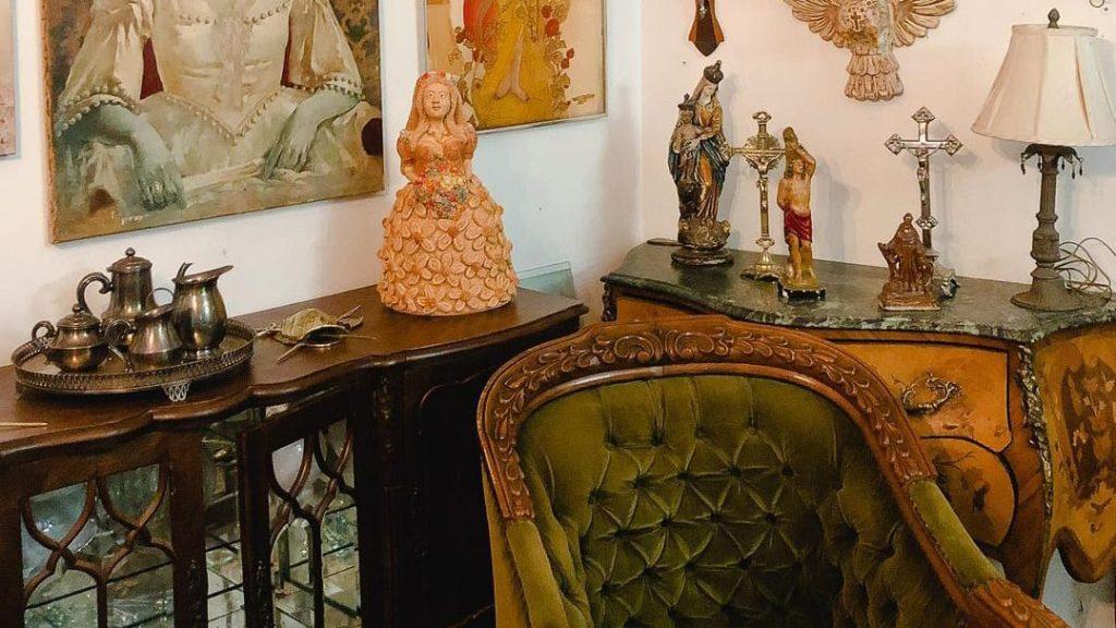 Brechó Goiano Antiquário no Centro