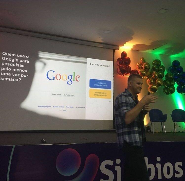 Promovendo inovação e aprendizagem, Colégio Simbios fecha parceria com o Google