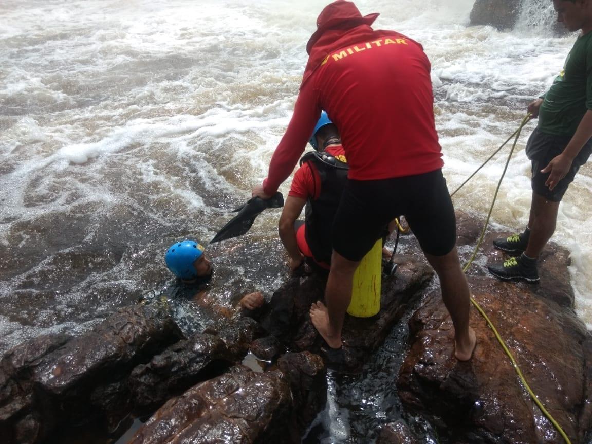 7d43ede75 O corpo do estudante de medicina do Rio de Janeiro, Daniel Chagas Dalpian,  de 22 anos, foi encontrado na manhã desta quinta-feira (21/2) na Cachoeira  da ...