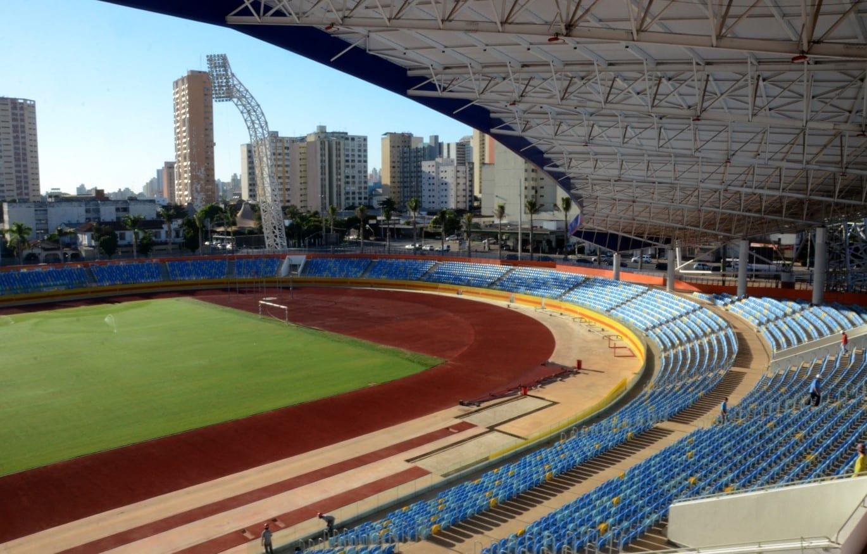 estádio em Goiânia / futebol