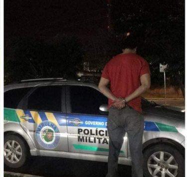 Homem é preso suspeito de agredir companheira e fazer rituais de magia negra, em Anápolis