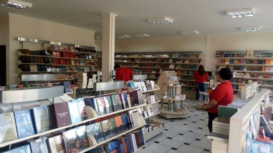Livros em Goiânia: lugares para comprar, vender ou trocar