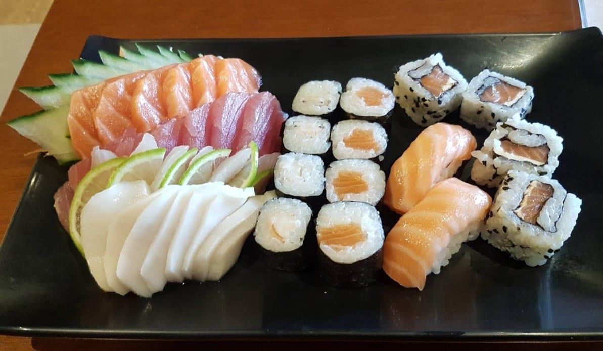 lugares para comer sushi em Brasília