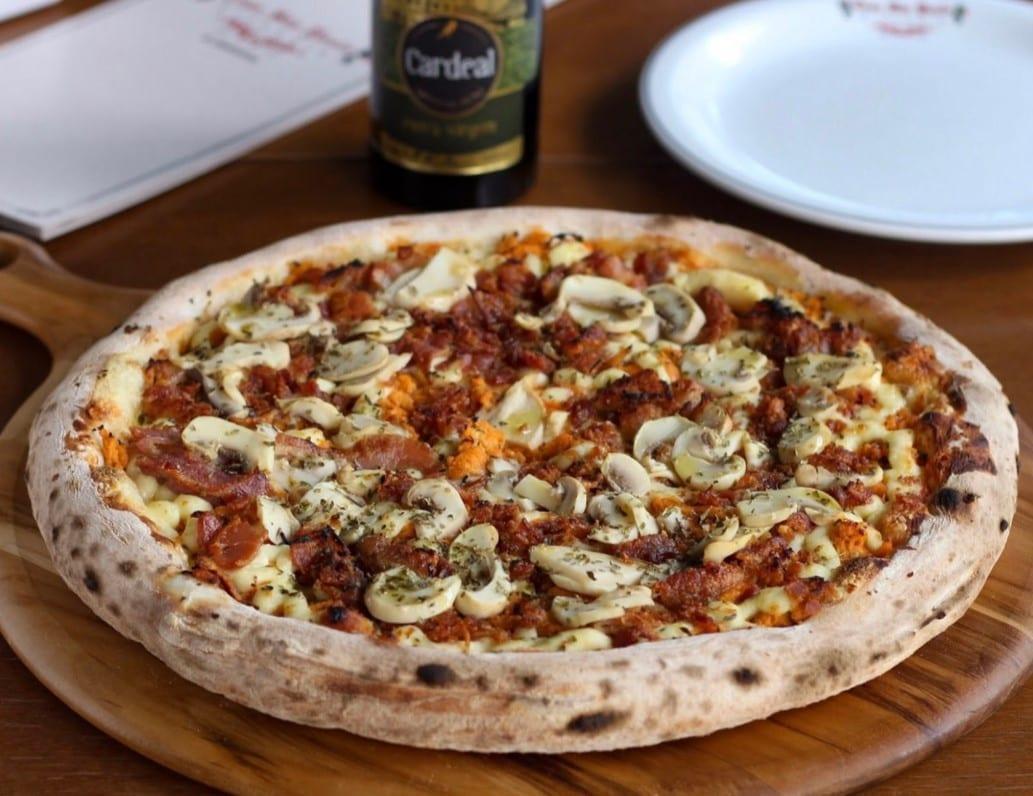 Pizzarias em Goiânia / pizza