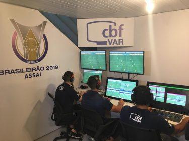 Goiás recebe o São Paulo na reabertura do Estádio Serra Dourada