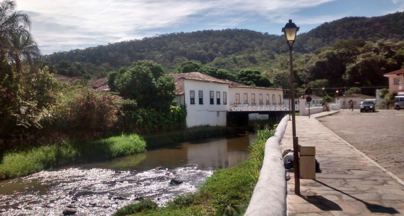 Acampamento no interior de Goiás: conheça destinos incríveis para acampar