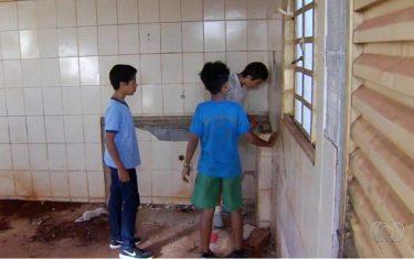Polícia procura dono de R$ 12 mil encontrados por adolescentes no interior de Goiás