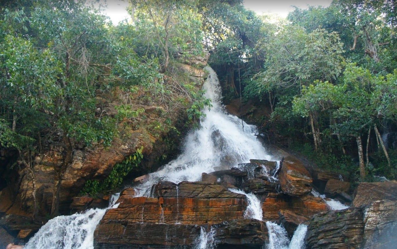 Cachoeira Usina Velha, em Pirenópolis, é uma das mais bonitas da cidade