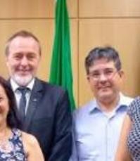 Reitor da UEG confia em temporários para ser eleito