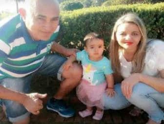 Acidente entre carros mata pai, mãe e filha bebê na BR-020, em Formosa