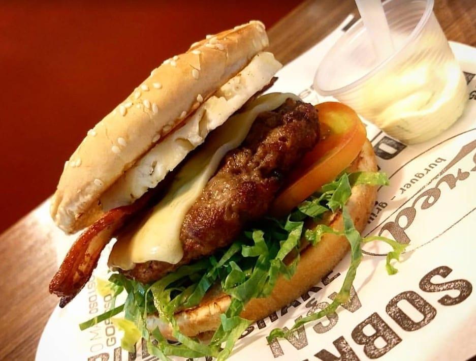 hambúrguer Goiânia