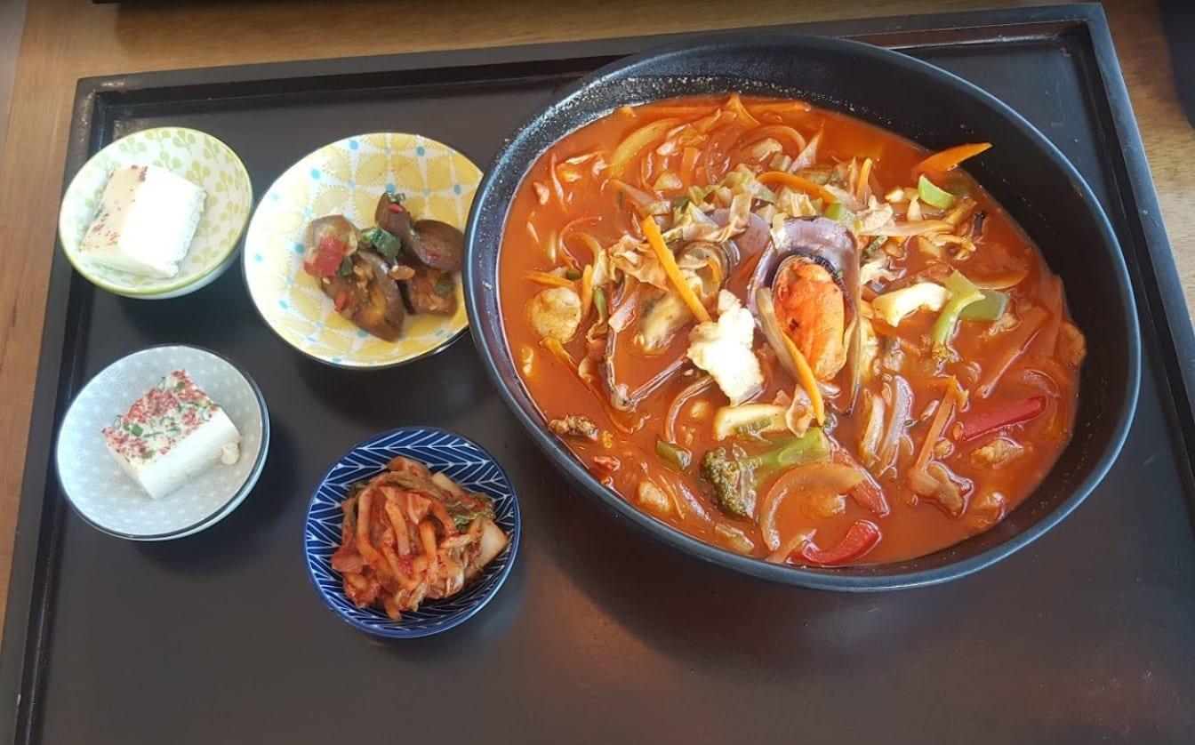comida asiática Brasília