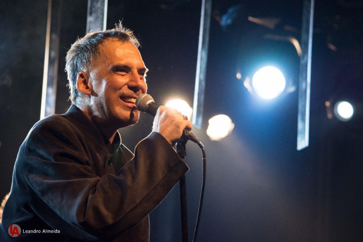 Arnaldo Antunes faz show em Goiânia no mês de dezembro