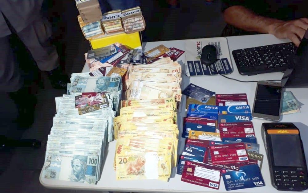Jovem é preso com R$ 2 milhões em notas falsas em Caldas Novas