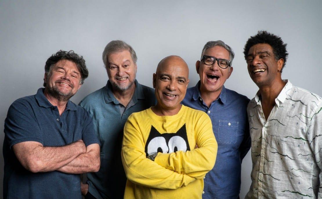 Casseta e Planeta comemora 30 anos com show em Goiânia