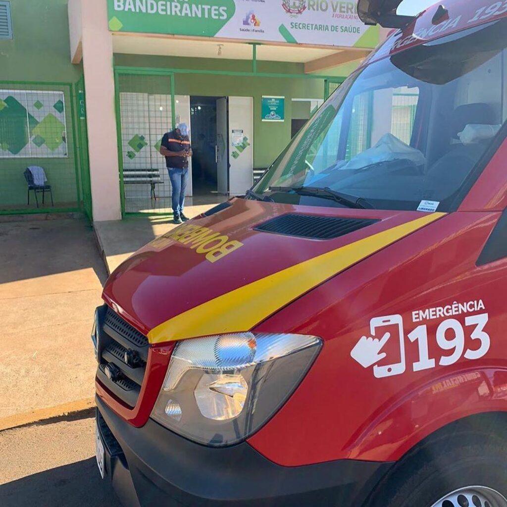 Bombeiros resgatam bebê que se afogou em banheira, em Rio Verde