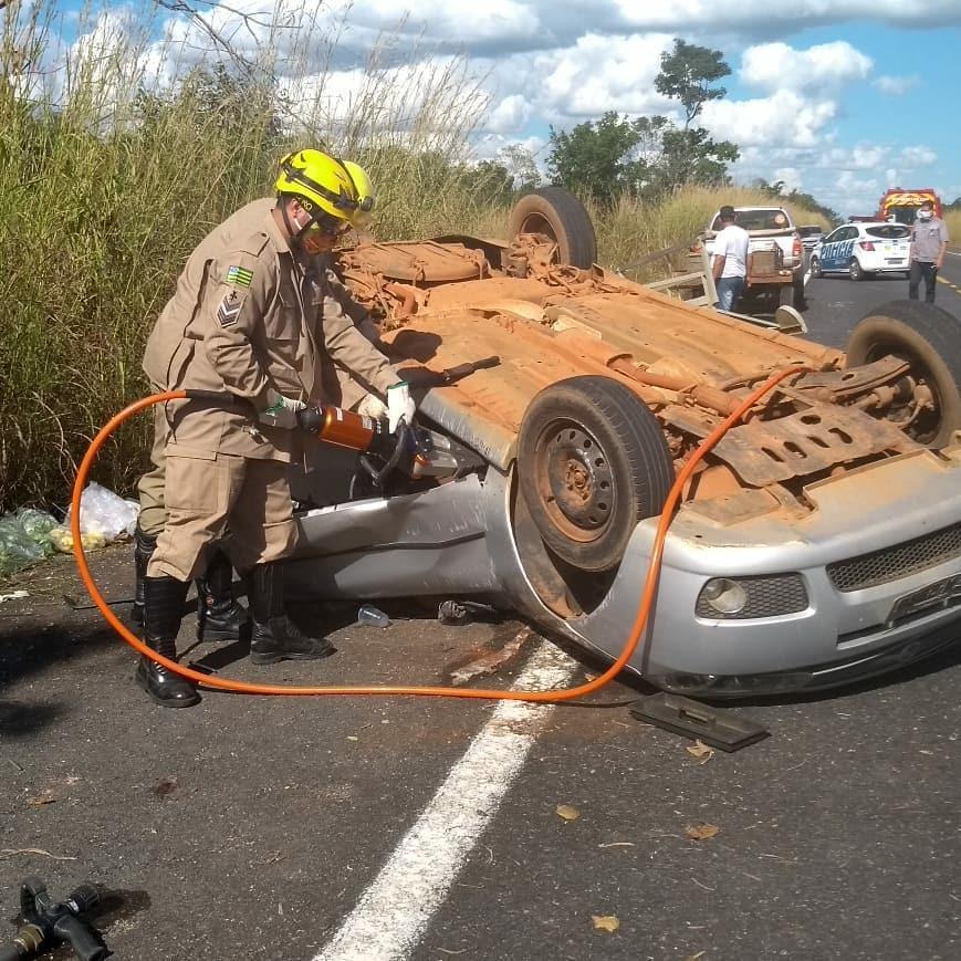 Fim de semana é marcado por acidentes com mortes em Goiás